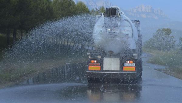 Transport d'aigua i altres liquids / Transporte de agua y otros líquidos